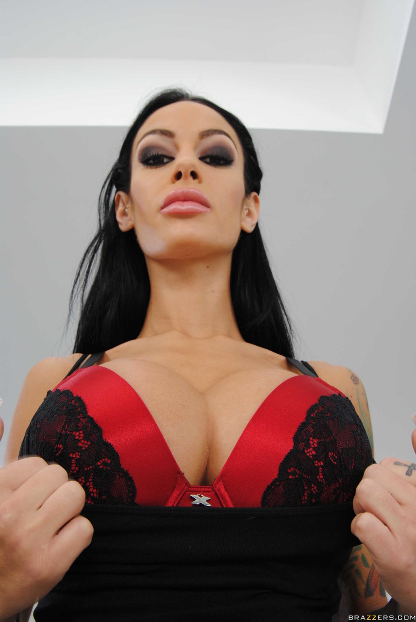 Angelina Valentine - Fame Registry